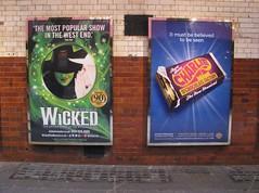 LONDON 2013 pic643 (streamer020nl) Tags: uk england london poster charlieandthechocolatefactory musical wicked gb plakat affiche roalddahl 2013 apollovictoriatheatre up7820 theatreroyaldruirylane