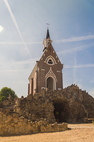 Onze Lieve Vrouw van Lourdes Kapel in Sint Maria Lierde ('de dobbele kapel')