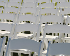 White chairs (`·.¸ Susan .•*´)¸.•*´) Tags: wedding white nikon chairs manitoba d300 heclaisland 113picturesin2013