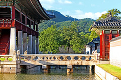 The bridge of Gyeonghoeru pavillion (nihilsineDeo) Tags: bridge autumn red pond seoul southkorea  gyeonghoeru  gyeongbokgungpalace  coreea