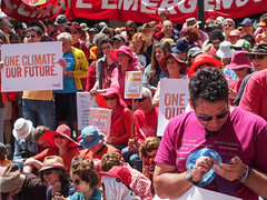 Climate change rally 17-11-2013-40.jpg (Leo in Canberra) Tags: rally protest australia canberra act 2013 garemaplace nationaldayofclimateaction 17november2013 oneclimateourfuture stopfiddlingwhileaustraliaburns wewanttogobacktoafuture weneedgreensolutions aimhigheronclimate itwouldbeimmoraltoleaveyoungpeoplewithaclimatesystemspirallingoutofcontrol canberrawantsclimateaction