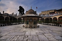 The Courtyard (NATIONAL SUGRAPHIC) Tags: istanbul mosques sultanahmet courtyards fatih camiler sokollumehmetpasha ottomanhistory sokollumehmetpaa osmanltarihi sokollumehmetpaacami sugraphic avlular