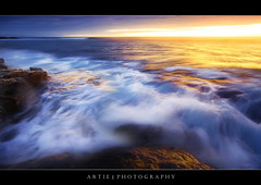 The Power Of The Light :: 0.9H GND + 0.6 ND Pro Glass Lee Filters (:: Artie | Photography :: Travel ~ Oct) Tags: sunset sea seascape motion beach water photoshop canon landscapes movement rocks soft tripod hard wave australia wideangle filter 09 lee adelaide filters southaustralia ef 1740mm artie cs3 fleurieupeninsula aldinga f4l gnd nohdr lee09gnd leefilter 09h 5dmarkii 5dm2 09s