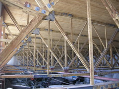 Sola fly-historiske museums orginal luftwaffe ww2 hangar (flyhistorie) Tags: 1940 hangar sola trusses luftwaffe orginal fagverk severdighet jrmuseet trekonstruksjon solasj flyhisoriskmuseum