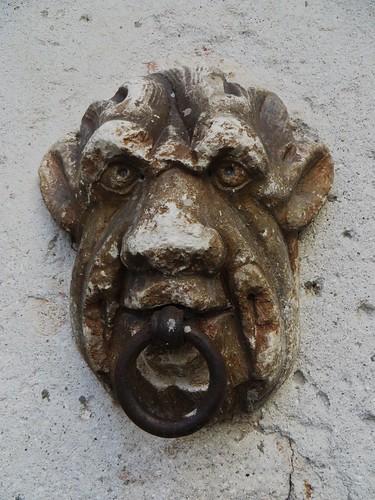 Anneau d'attache pour les chevaux, écuries, Palais Salis (XVIIe-XVIIIe), Soglio, commune de Bregaglia, Val Bregaglia, district de Maloja, canton des Grisons, Suisse.