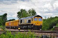 66743 (stavioni) Tags: train reading diesel shed rail railway junction railways class66 gbrf 66743 southcote europorte