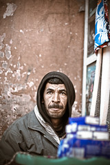 the handkerchief seller (Stefano☆Majno) Tags: canon morocco marocco marrakech handkerchief wandering seller stefano kasbah majno