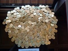 ΕΙΜ: Χρυσά νομίσματα