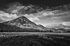 GRASMOOR (markandrew_2492) Tags: mountains landscape lakedistrict wainwright cumbria buttermere lakedistrictnationalpark grasmoor lakelandfells lakedistrictuk bwlandscapes bwlandscape englishlandscape britishlandscape lakelandmountains rannerdaleknotts westernfells lakedistrictfells bwmountains mountainscumbria greatbritishlandscape landscapecumbria cumbriamountains landscapeuk lakelandcumbria