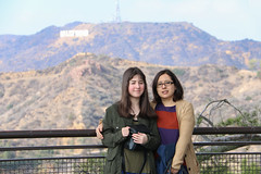 Mis chicas (Carlitos) Tags: california parque woman usa sarah losangeles mujer unitedstates martha northamerica griffithpark norteamerica