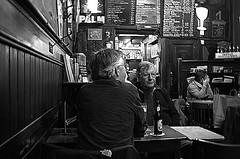 Amsterdam, Begijnensteeg 4, December 2013 (Foooootooooos) Tags: street blackandwhite bw holland café amsterdam bar cafe pub nikon noiretblanc zwartwit nederland streetphotography jalan rue paysbas olanda kneipe オランダ straat arebureboke hollande amsterdão 荷兰 begijnensteeg 阿姆斯特丹 アムステルダム hollanda paísesbajos schwarzweis belanda strase 암스테르담 אמסטרדם straatfotografie paísesbaixos paesibassi photographiederue הולנד амстердам hitamputih هولندا нидерланды pilsenerclub engelsereet 네덜란드 أمستردام άμστερνταμ strasenfotografie d7000 ολλανδικά fotografijalanan