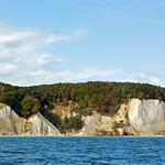 Die berühmten Kreidefelsen der Stubbenkammer im Nationalpark Jasmund auf der Insel Rügen (2) thumbnail