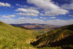 Tupiza, Bolivia (ARNAUD_Z_VOYAGE) Tags: red white black color green nature argentina rio inca del america river la landscapes puerta colorful flat pentax altitude south capital border salt bolivia mining hills rico valley males entre diablo monte salar moutains department rios province palmira can kx tupiza potosi chichas tarija palala potos tambillo poronga toroyoj charaota