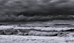 Darkness - Escuridão (Yako36) Tags: portugal peniche almagreiira sea mar seascape landscape paisagem storm tempestade sony18553556oss sonynex5n