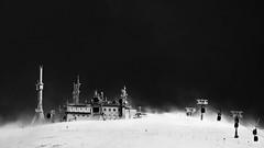 space opera (glookoom) Tags: bw blanc blackandwhite black noiretblanc monochrome montagne batiment tempête tempest snow neige antenne vent wind croixdechamrousse chamrousse france