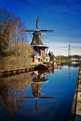 "Windmill The ""Wachter"", Zuidlaren (Alfred Grupstra) Tags: blue boat canal reflection windmill zuidlaren drenthe nederland nl netherlands river water kinderdijk dutchculture history old architecture sky europe famousplace nature outdoors nauticalvessel cultures landscape"