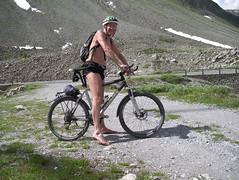 IMGP0539 (Alvier) Tags: schweiz graubünden albula albulapass engadin albulatal fahrrad velo shorts shirtless obenohne