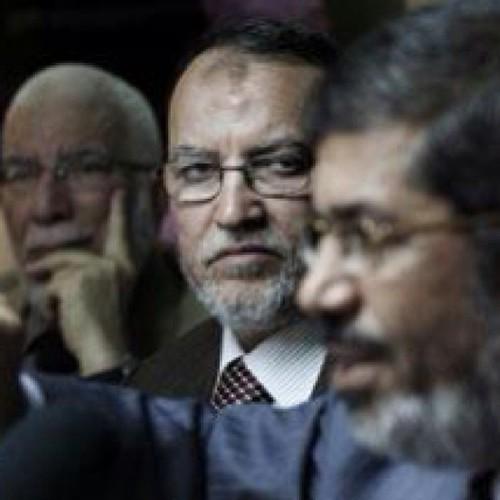 محمد مرسي الرئيس المعزول والانقلاب العسكري.