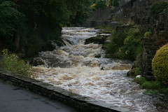 Hawes - Gayle Beck Wet day (Mark Whitmarsh Photography) Tags: water canon photography town photo waterfall nationalpark flickr mark yorkshire sigma amateur beginner whitmarsh amateurphotography yorkshiredalesnationalpark gaylebeck canoneos400ddigital sigmazoomlens canoneosdigital400d sigma18200mmf3563dcos 05082013 whitmarshphotograpy markwhitmarsh marmarwhit markwhitmarshphotography