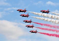 Red Arrows at Duxford Air Show (Dr Manaan Kar Ray) Tags: airplanes redarrows raf aeroplanes aircrafts hawks royalairforce duxfordairshow oldaircrafts aeronauticsdisplay