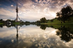 Sunrise at the olympic lake, Munich, Germany (Tobias Theiler Photography) Tags: park tower composition sunrise canon reflections germany munich mnchen bayern deutschland landscapes day cloudy fineart wolken tourist oktoberfest landschaft sonnenaufgang olympicpark sonnenstrahlen tourismus stadtpark reflektion olympiaturm olympiapark 6d wolkig olympictower reflektionen cloudyday fototour landscapephotography sonnenlicht gnd reflectionsinthewater sunriselight sunreflections touristplace sunriseclouds seelandschaft olympiasee cloudsreflections cloudsinthesky landschaftsfotografie olympiclake touristenziel reflectionsinthelake canonautumn canoneos6d kumuluswolken hitechgnd09 lowcomposition olympiaseemnchen tobiastheilerphotography 6dlandscape canoneos6dlandscape sunriseinmunich sonnenaufganginmnchen sunriseattheolympiclake sonnenaufgangamolympiasee olympiclakeatmunich olympictoweratmunich