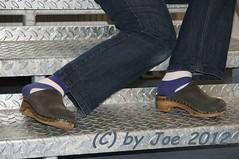 be404bl40 (Bluemscher) Tags: beautiful socks sox socken clogs mules woodenshoes klompen sabots zuecos madeingermany zoccoli klogs minimalistisch holzschuhe holzschuh berkemann clox holzklepper holzclogs klox kloks zoggeli holzlatschen tffler torpatoffeln toeffler soeckchen holzsandale walkonwood holzpantoffel holzklappern