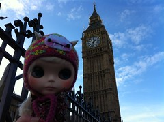 Val Goes To London