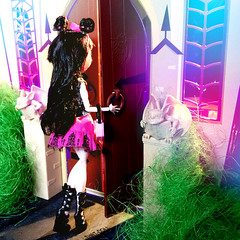 It's getting late, I'm making my way over to my favorite place (That-Doll) Tags: monster that high doll dolls day picture mh mattel clawdeen monsterhigh draculaura thatdoll