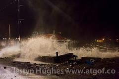 3yddnos-storm-0048 (www.atgof.co) Tags: storm weather night wave gale aberystwyth prom massive promenade huge shelter breaking tywydd rhodfa garw