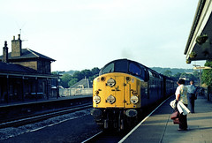 40086 CPX001REP0008M (alistairfyffe) Tags: station class 40 cupar 40086