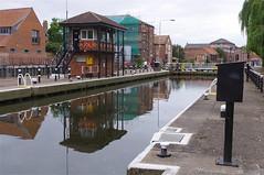 Newark Town Lock (Dave Hamster) Tags: river lock trent newark nottinghamshire rivertrent townlock newarktownlock