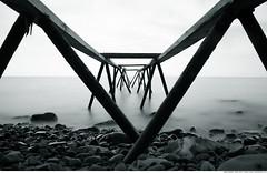 325 - The old pier (Ata Foto Grup) Tags: pieriskeleiskeletuçmakderetürkiyeturkeytekirdağmarmaramarmaradenizimarmaraseadenizseashoresahildenizkıyısıdalgalongexposureuzunenstantanedemirironayakeskiolduabondonedterkedilmişkayataşçakılston
