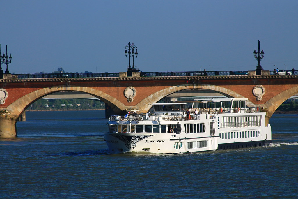 RIVER ROYALE (Uniworld) - Bordeaux - 18 avril 2014