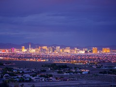 Las Vegas (Travis Estell) Tags: skyline lasvegas nevada lasvegasstrip lasvegasskyline skylineatnight
