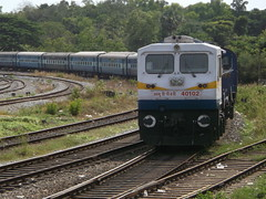 WDP4D with Matsyagandha Superfast (russel_kevin) Tags: train indianrailways