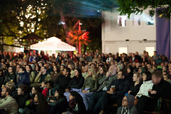 "Publikum Karlsplatz • <a style=""font-size:0.8em;"" href=""http://www.flickr.com/photos/39658218@N03/9170534646/"" target=""_blank"">View on Flickr</a>"