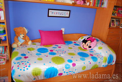 "Edredón ajustable infantil • <a style=""font-size:0.8em;"" href=""http://www.flickr.com/photos/67662386@N08/9194694850/"" target=""_blank"">View on Flickr</a>"