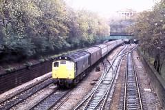 77 233 281077 Edinburgh 25078 (The KDH archive) Tags: edinburgh railway 1977 25078 class25