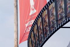Voorbereidingen voor het Nederlandse Filmfestival. (George Ino) Tags: copyright cinema holland film movie utrecht nederland thenetherlands citycenter centrum bioscoop oudegracht neude goudenkalf vinkenburgstraat deoudegracht pleindeneude georgeinohotmailcom thedutchoscarsformovies