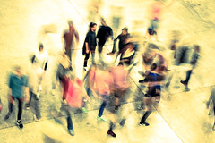 Random movements? (e L L en) Tags: uk inglaterra england london art arte tatemodern turbinehall londres liveart artperformance theturbinehall unileverseries theunileverseries tinosehgal liveartperformance d3100 theseassociations