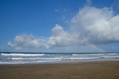 Hanakāpīʻai rainbow (malinowy) Tags: winter vacation cliff beach hawaii coast rainbow nikon holidays hiking path hike cliffs trail kauai hi nikkor kalalau zima napali 1870 wakacje hanakapiai tęcza hawaiianislands szlak kalalautrail malinowy d7000 hanakāpīʻai malinowynet