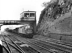 Diesel chugger (seanofselby) Tags: station box class 40 signal 1964 ferryhill