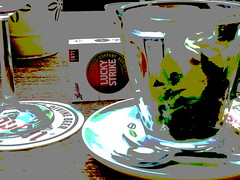 Lucky Strike (JoséDay) Tags: luckystrike cigarettes flickrfun flickrcolors hiddentreasures funagain flickrstars flickrcreativity makingcolours teacigarettes secretsinlife