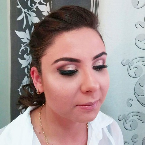 Penteados e Maquiagens  By @marcoslsoares  #makeupartist #makevator #zanphy #makeup #marykaybrasil #marykay #katvond #globo #maquiadordasestrelas #revistacabelos #maquiagem #indicetokyo #meulook #modaparameninas #makeupforever #mac #penteados #cabelosecia