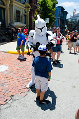 Clone Trooper encounter (Holtsman) Tags: starwars disney characters clone clonetrooper starwarsweekends 2013 hollywoodstudios