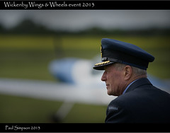 Canadian Officer (Paul Simpson Photography) Tags: uk england canada airplane costume uniform europe canadian aeroplane lincolnshire airforce officer allies perioddress sonya100 sal70200 paulsimpsonphotography 15thjune2013 wickenbywingsandwheels2013