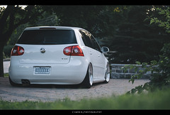 B O O T Y (cimon.brouillette) Tags: rabbit vw golf volkswagen air low bags airlift lowlevel bagged airride mk5 bagriders