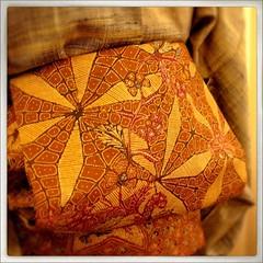 郡上紬にバティックの帯。馴染みすぎて満足してないとの由。#japan #tokyo #kimono #obi #tsumugi #batik #着物 #帯 #紬 (qazunori) Tags: japan square tokyo squareformat kimono obi batik 着物 tsumugi 帯 紬 iphoneography instagramapp
