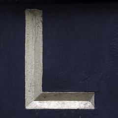 letter L (Leo Reynolds) Tags: canon eos iso800 az 7d letter l f80 oneletter lll 0004sec 130mm hpexif grouponeletter 05ev xsquarex xleol30x az46 xxazxx xxx2014xxx