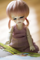 Book Reading (DarksStars) Tags: ball doll bjd zia chateau lilith jointed